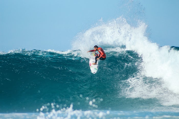 Surfing Tips: Top 5 Tips You Should Know